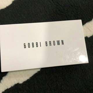 Bobbi brown compact powder