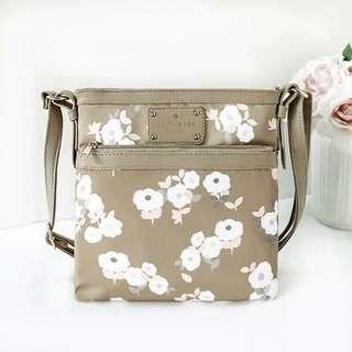 ❤️Kate Spade Sling Bag