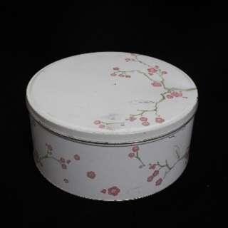 (Rent) Round Floral Case Oriental Theme