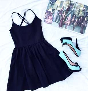 GUESS Black Criss Cross dress AUTHENTIC