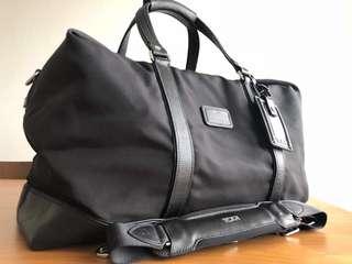 TUMI Wesley Weekender Traveller Bag - Black