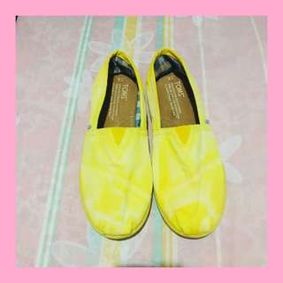 AUTH Toms Shoes Yellow ♡