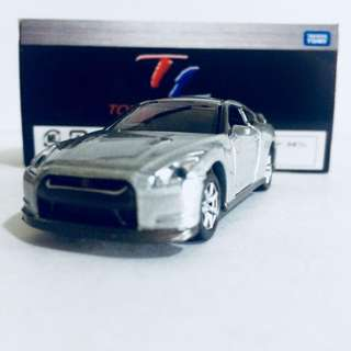 TAKARA TOMY TOMICA LIMITED TL NISSAN SKYLINE GT-R R35 ( SILVER ) - RARE