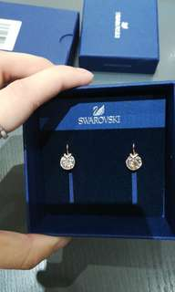 100% new Swarovski Earrings 香檳色💓😆