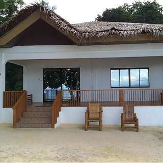 Beach house for sale in Santander Cebu