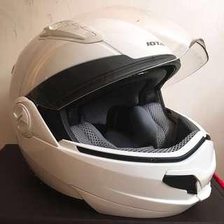 Iota modular helmet w/shades  純白頭盔 (附太陽遮片)