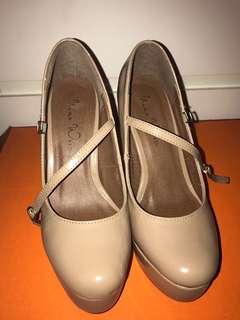 Nine west heels sz 35