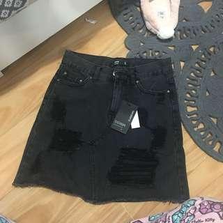 Denim black skirt