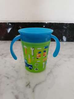 Munchkin 360 sippy trainer cup