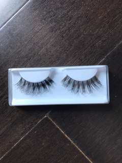 Eyelash best seller no 1