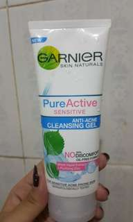 ⚄ [CLEARANCE SALE] Garnier Pure Active Sensitive Anti Acne Cleansing Gel Baru