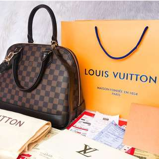 LOUIS VUITTON BAG- HIGH END QUALITY