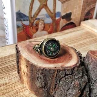 🚚 Vintage compass Ring 指北針復古銅質戒指