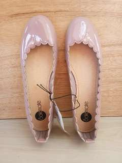 Dark Pink Flat Shoes