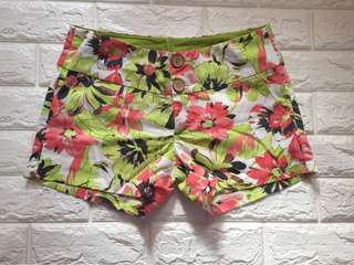 Solo floral Shorts