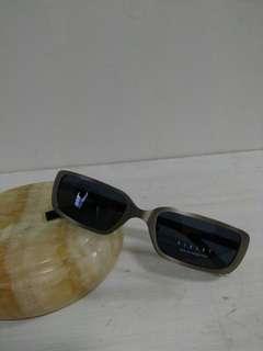 OutNet - 全新 Sisley 女裝 Sunglasses 479 47S 買太陽眼鏡 加送鏡框