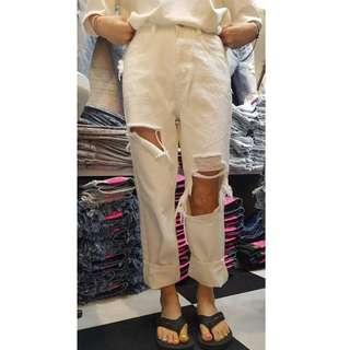 韓國空運 個性白色膝蓋破洞直筒牛仔褲