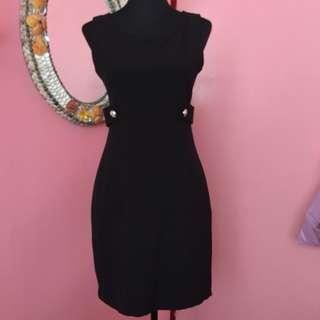 Black Formal Sleeveless Dress