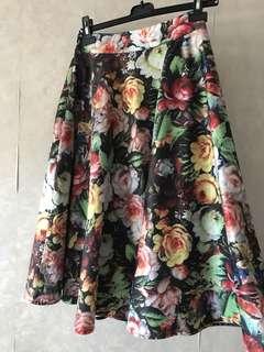 🈹Chi Chi London Floral skirt 大花圖案高腰中長裙