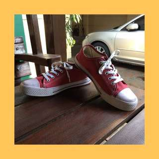 MAROON CONVERSE INSPIRED CANVAS SHOES