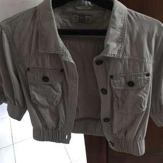 Pull and bear lightwash grey jean jacket