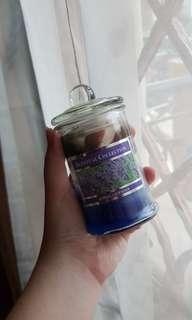 Lilin pengharum ruangan (candle) bau lavender