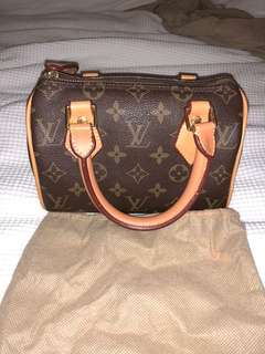 VINTAGE LOUIS VUITTON SPEEDY BAG 20 *REPLICA*