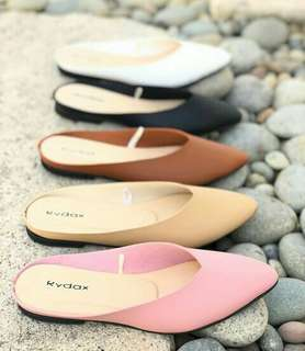 Sharped edge Open ankle flat