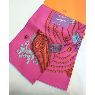 全新 Hermes Carre Twilly 90 x 90 Fuchsia/Gris/Bordeaux 彩色 貝殼 方巾 絲巾 Chemin de Corail Soie Fuchsia/Gris/Bordeaux Scarf