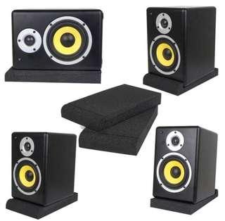 Speaker Sponge stand to absorb speaker vibrations
