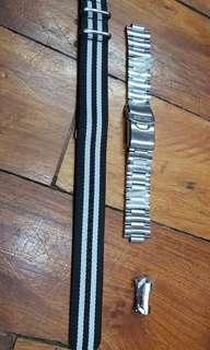 Seiko Oyster steel bracelet and Asprey NATO nylon strap, 22mm