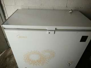 Chest Freezer for sell
