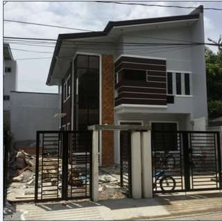 House and Lot in Greenland St. Greenview Executive village Sauyo Quezon City