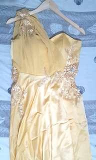 Dress pesta panjang 2