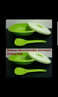 Authentic Tupperware  Blossom Microwaveable Serveware  Serving Dish 1.1L & Serving Spoon (1) 28.2cm(L) x 20.6cm(W) x 9.1cm(H)  《Retail Price S$32.90/set》green tupperware tw