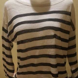 H&m sweater xs (idem to m )