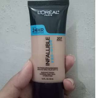 foundation loreal infallible pro glow 207 sand beige