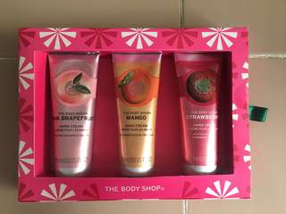 The Body Shop Handfuls of Fruity Happiness Hand Lotion Set