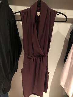 Aritzia Wilfred Sabine sleeveless dress in burgundy