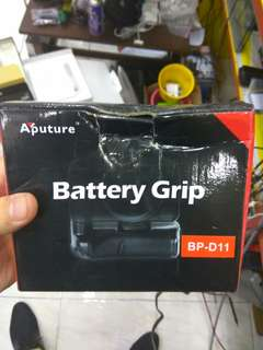 Bp-d11 battery grip