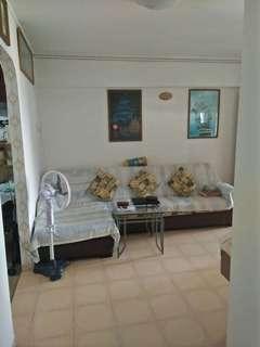 4ng Blk 122 yishun for sale corner +recess area no Agent fee