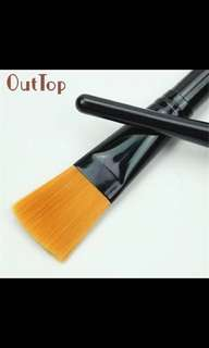 100% Brand new and high quality 1 PCS Cosmetic Makeup Man-made fiber Mask Brush (1/pc)