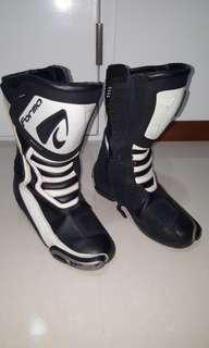 Forma Racing Boots