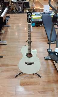 Gitar E/Akustik APX ( Kredit )