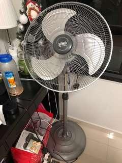 Booney Standing Fan (Powerful Oscillating Air Circulator)