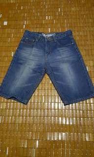 Celana Jeans 3/4 cowok