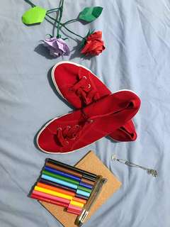 Fiore Red Sneakers