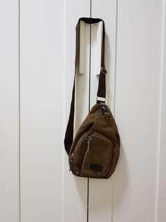 (Free pos) Sling bag