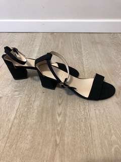 Black Heels *available in size 36-39*