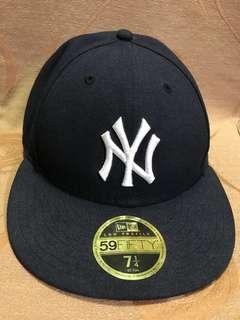 NEW ERA 59FIFTY CAP (BLACK) 7 1/4